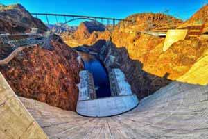 Walk On Top Of Hoover Dam